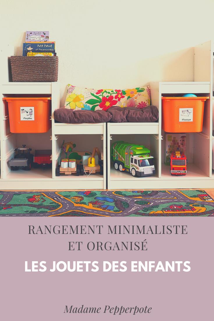 rangement minimaliste organisé chambre enfants